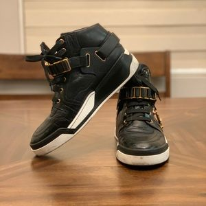 Versace Men's Black Leather Fashionable Sneakers